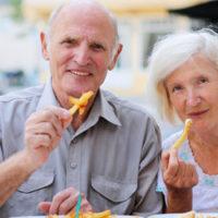 seniors-dining